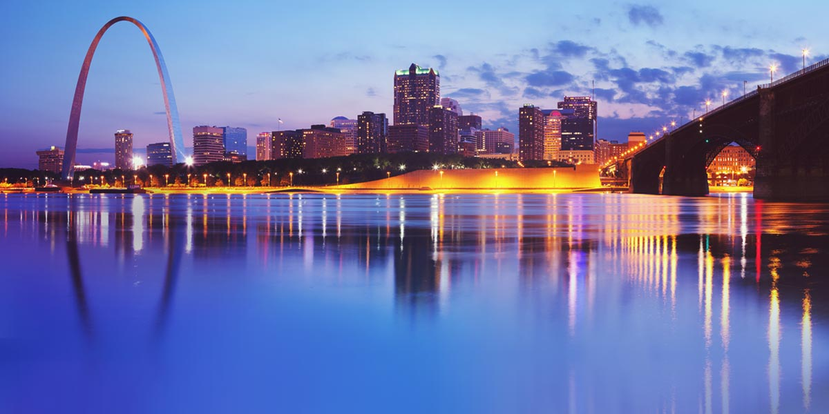 Deann Conroy will attend the 27th Annual FARB Regulatory Law Seminar in St. Louis — Oct. 3–6